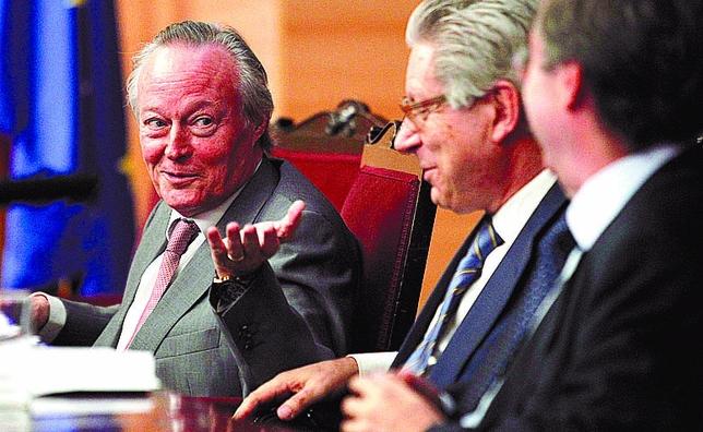 Piqué se encargó de privatizar toda la empresa pública del antiguo INI que no perdía dinero. No se preocupen que la deficitaria permanece en la SEPI.
