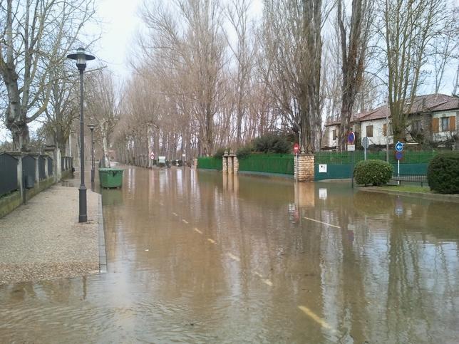 Imagen de una calle de la localidad burgalesa de Villarcayo.