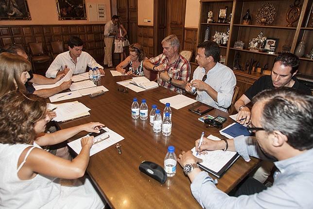 Constitución de la Comisión Informativa de Tráfico y Seguridad Ciudadana, que presidirá Paloma Rivero Ortega.