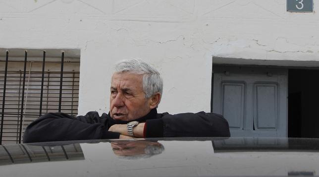 El alcalde, José Nieto, acude todos los días al municipio durante unas horas.