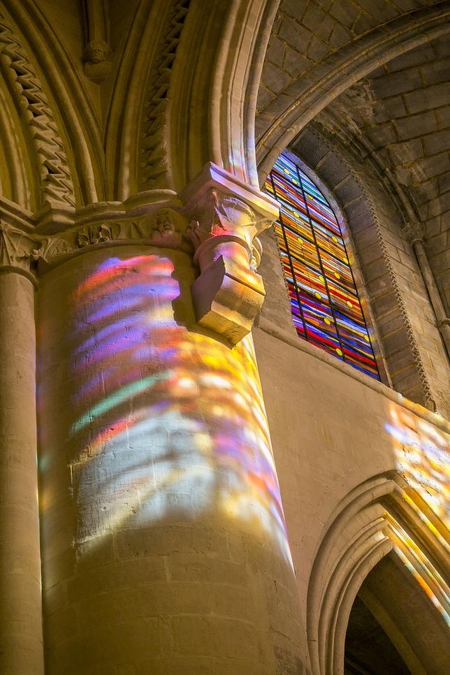 Torner se inspiró en Matisse para transformar la luz en aire coloreado.