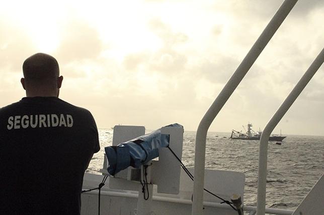 La flota atunera vasca, preocupada por el aumento de la actividad pirata en el Golfo de Guinea