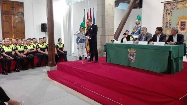 La Policía Municipal celebra su día en la Sala de Armas de la Ciudadela