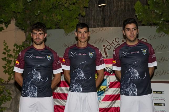 Presentación de la equipación del Atlético Tordesillas para la temporada 2016/2017.