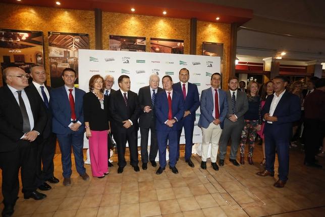 El acto social organizado por La Tribuna congregó a todos los estamentos de la ciudad, provincia y la región / R. SERRALLE Y J. M. ESPARCIA