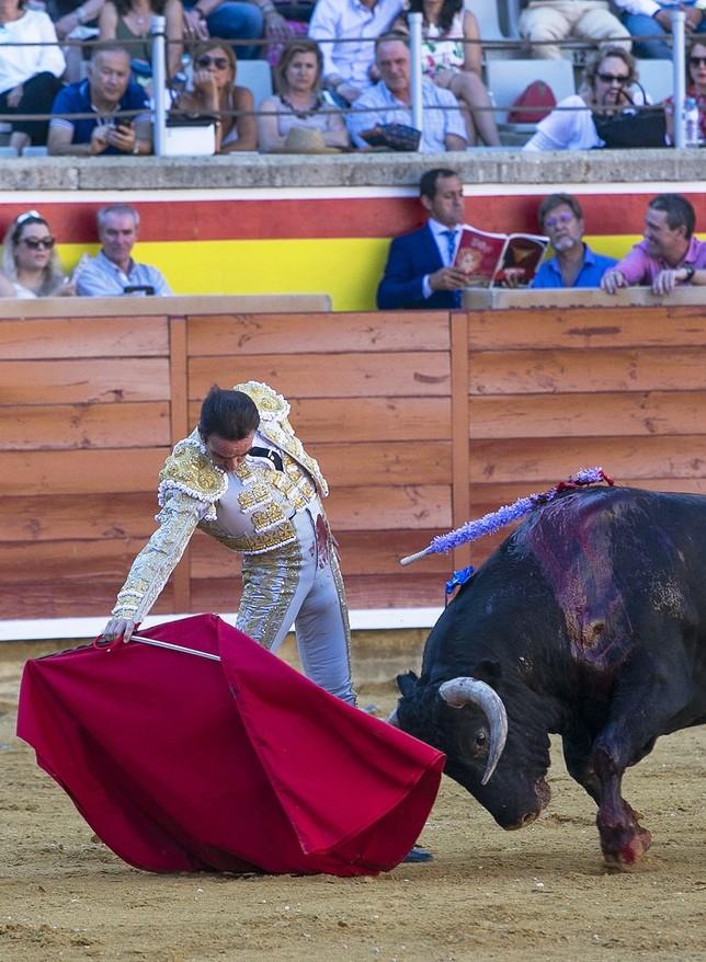 Lección de toreo y puerta grande para Ponce y Marín Eva Garrido