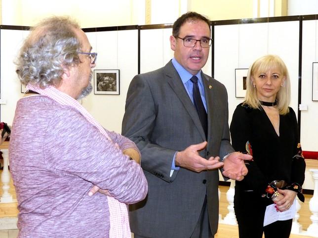 La Diputación entrega los premios de su concurso fotográfico