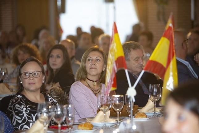 María Dolores Cospedal fue la verdadera estrella de la comida de Navidad que reunió a lo más granado del Partido Popular de la provincia de Toledo.   Yolanda Redondo