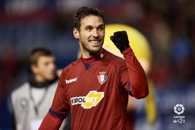 Xisco celebra el primer gol de Osasuna en el partido contra el Alcorcón LA LIGA