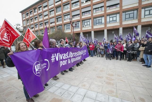 UGT y CCOO reclaman medidas contra la desigualdad de género EVA GARRIDO