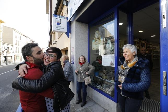 Primer premio de la lotería de Navidad en El Barraco Ical