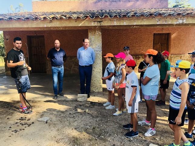 Prieto despide los campamentos de la Fuente de las Tablas