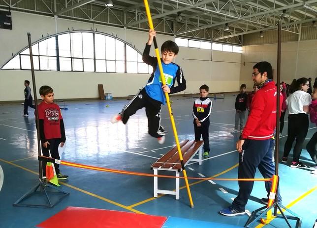 El plan Miniatletismo en la escuela reúne a 2.000 alumnos