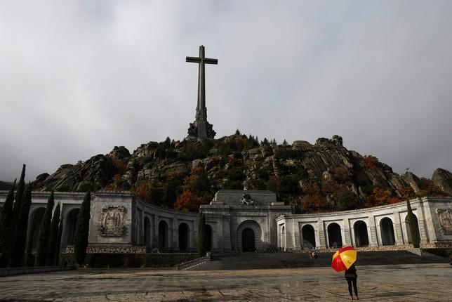 La exhumación de Franco sigue adelante SUSANA VERA