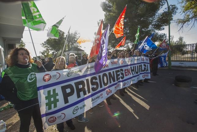 Los sindicatos hablan de huelga masiva en las prisiones Rueda Villaverde