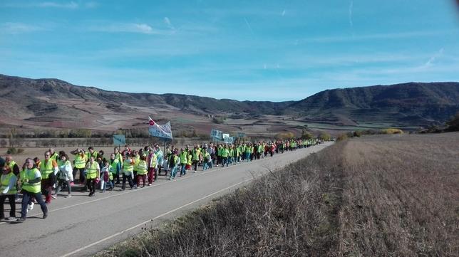 Cientos de personas marchan por una mejor sanidad rural
