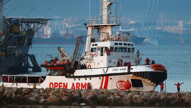 Llega a España el buque Open Arms con más de 300 inmigrantes JON NAZCA