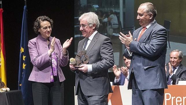 José Macía Valls, premiado por Ciudad Real Víctor Ballesteros