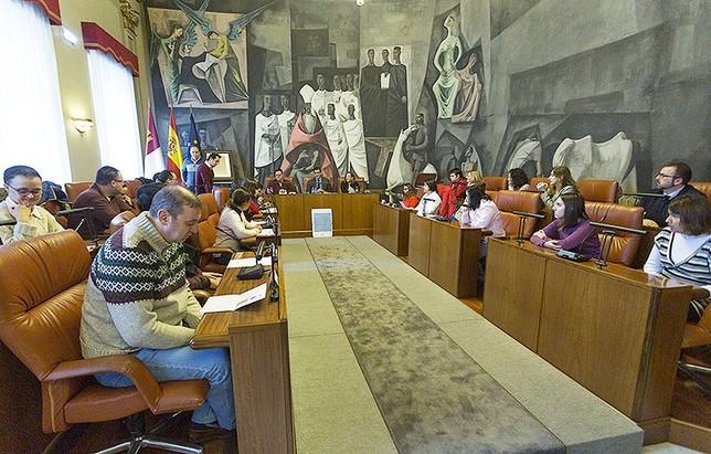 Personas con discapacidad plasmarán su arte en los silos  Tomás Fernández de Moya