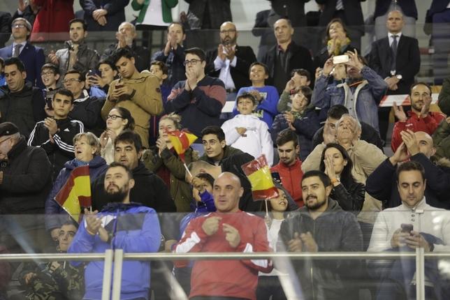 Goleada de España en el estreno del Vicente Paniagua Tomás Fernández de Moya