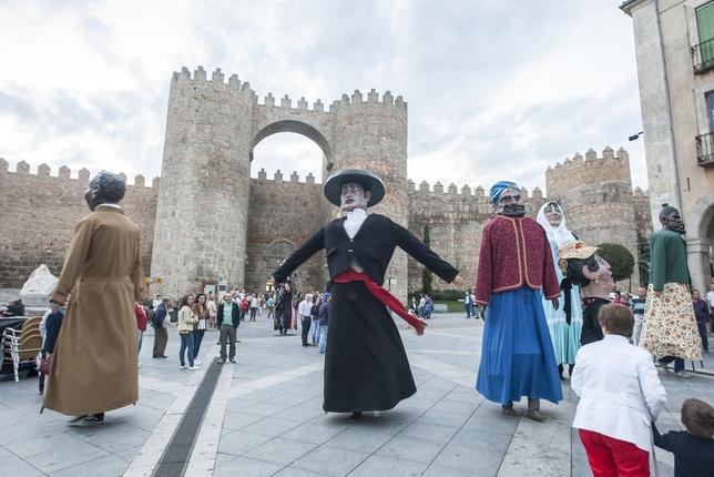 44 000 Euros Para Las Fiestas De Santa Teresa Diario De Avila