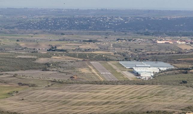 Pista actual del aeródromo de Casarrubios,