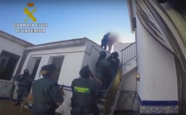 Piden 40 años por recibir a tiros a la Guardia Civil
