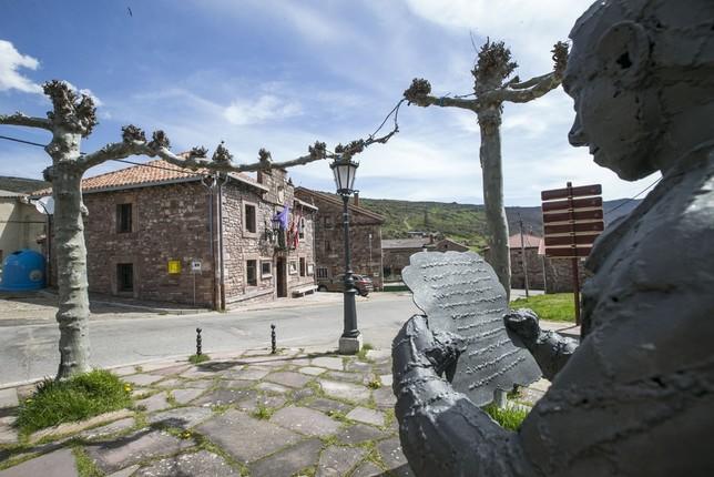 Brañosera se mueve al ritmo de Mons Dei EVA GARRIDO