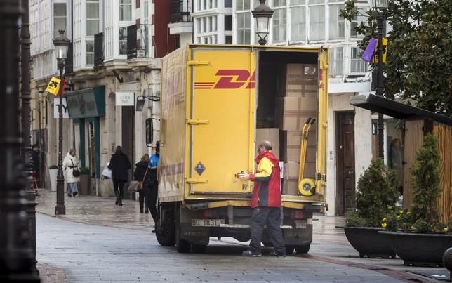 Y Un 30Diario Reparto Se Disparan Online De Burgos El Comercio c34L5qARj