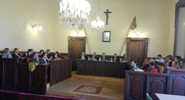 El Ayuntamiento 'respeta' el acuerdo de Diputación y Confae
