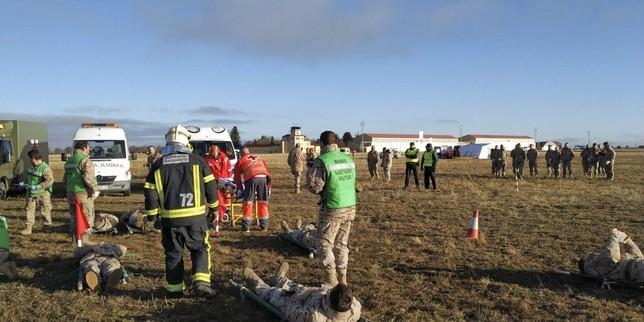 Villanubla simula un accidente área de una avión comercial