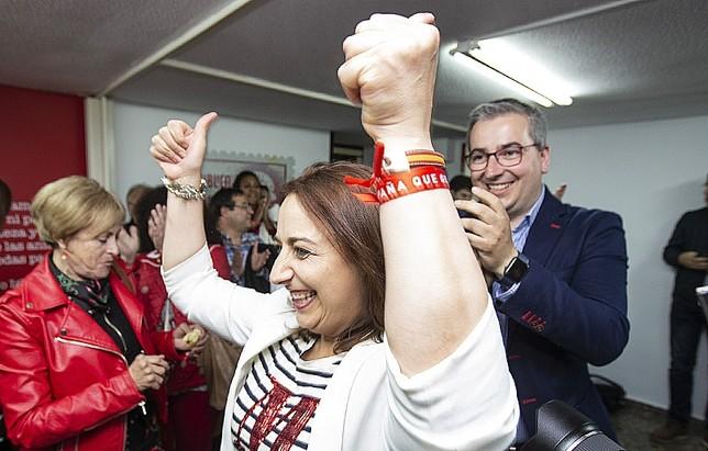 """El PSOE termina con tres décadas de victorias del PP Á""""scar Navarro"""