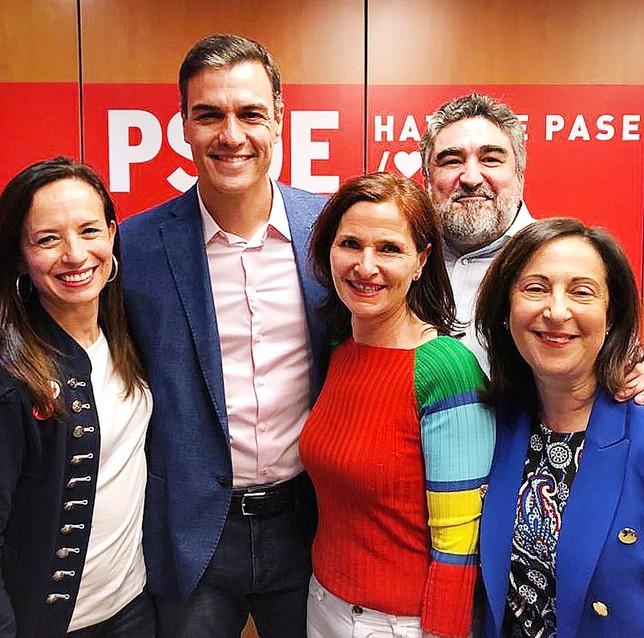El PSOE termina con tres décadas de victorias del PP