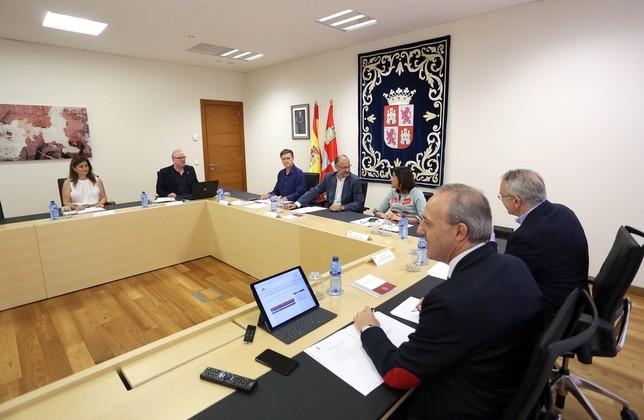 Primera reunión de la Mesa de las Cortes Miriam Chacón / ICAL