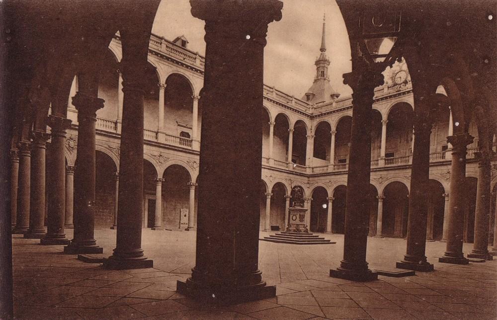 Postales del Alcázar hecho Academia