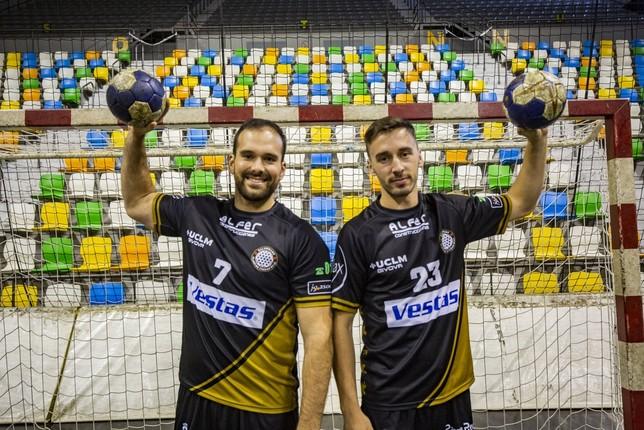 Juan Lumbreras (izquierda) y Brian Negrete. Rueda Villaverde