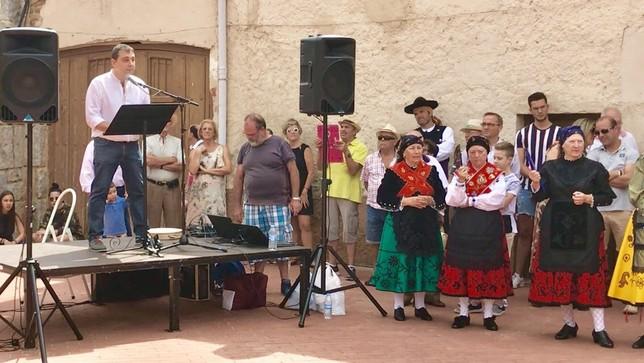 Castronuño inaugura la reforma de su Plaza Mayor
