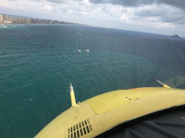 Un avión del Ejército cae al mar frente a La Manga