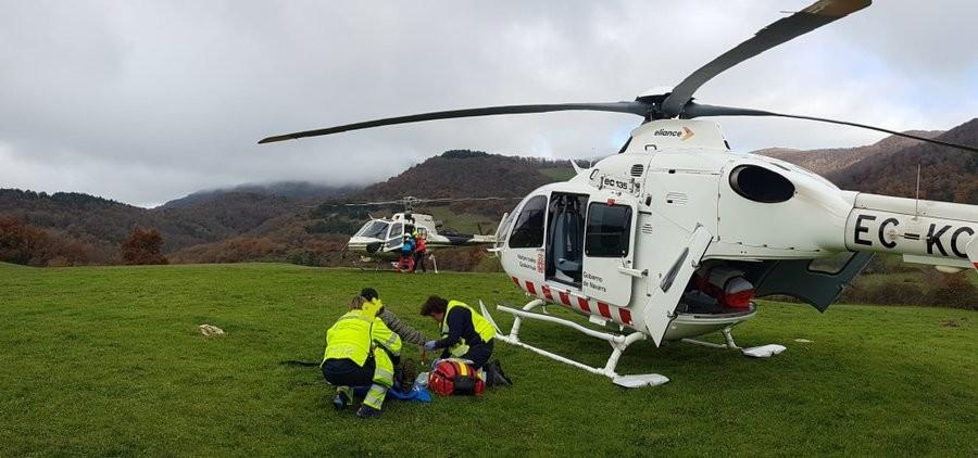 Rescatan en helicóptero a un montañero en Egozkue