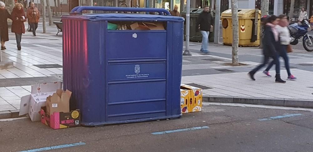 Los contenedores azules retoman paulatinamente la normalidad