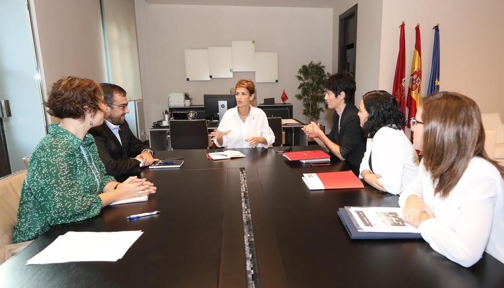 Chivite promete pronto una solución para las madres del IRPF