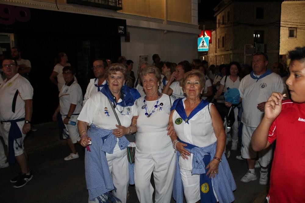 Representantes de la peña El Mosto en el Desfile-Concurso de Carrozas de Tarancón.