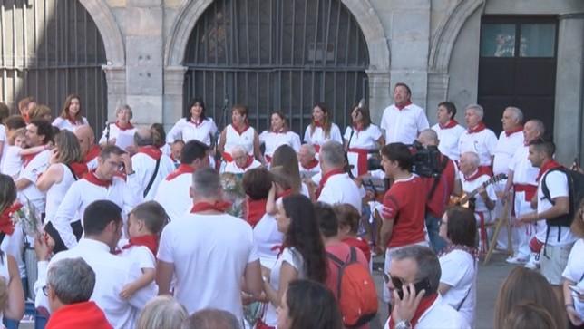 Los Sanfermines enfilan su recta final con miles de turistas