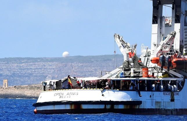 Salvini insiste en negar el atraque del 'Open Arms'