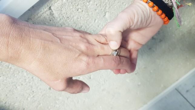 Recreación del robo de un anillo NATV