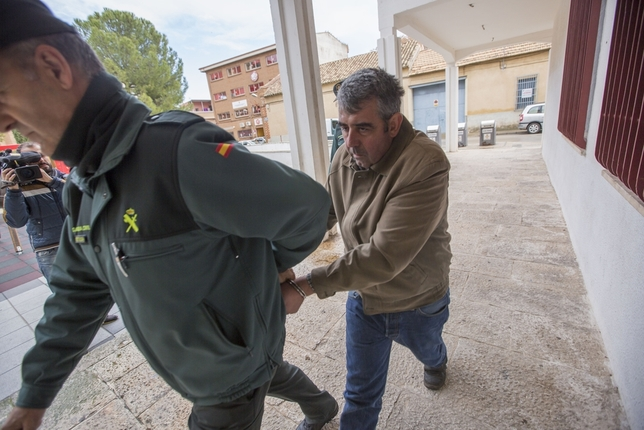Pide 42 años de cárcel por matar al director de una entidad Tomás Fernández de Moya