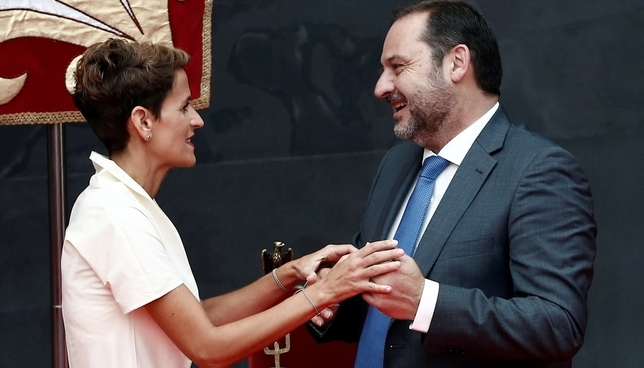 Ábalos valora el papel de centralidad de Chivite en Navarra