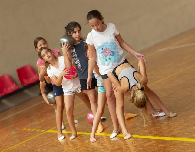 La gimnasia rítmica no para en verano