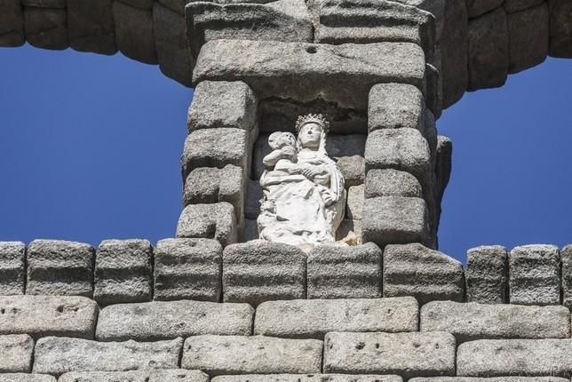 Los próximos pasos para retirar la Virgen del Acueducto