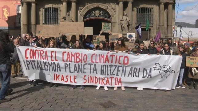 Concentración en Pamplona contra el cambio climático